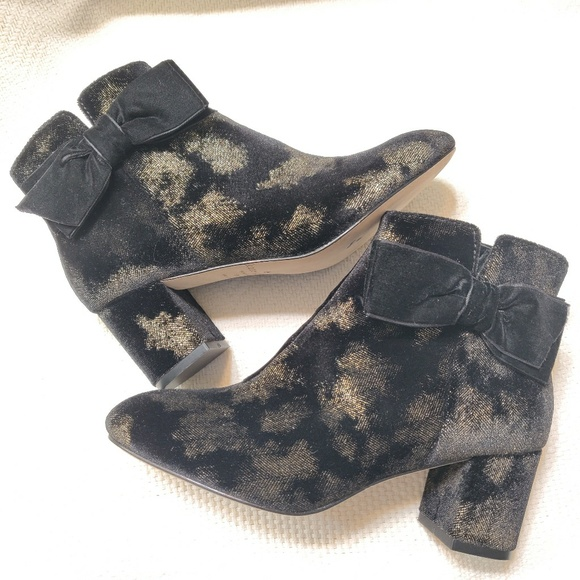 2b89d76b5ba NEW Kate Spade Spotted Ankle Booties. NWT